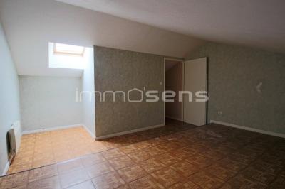 Vue: Chambre, LUNEVILLE CHATEAU T2 DUPLEX 52,79 M²
