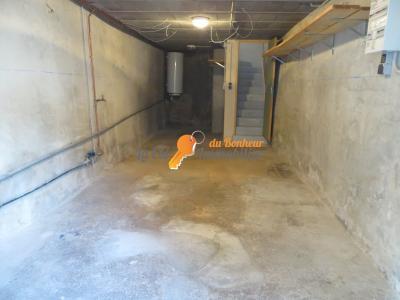 A LOUER T2 PUIMOISSON Extérieur - Garage