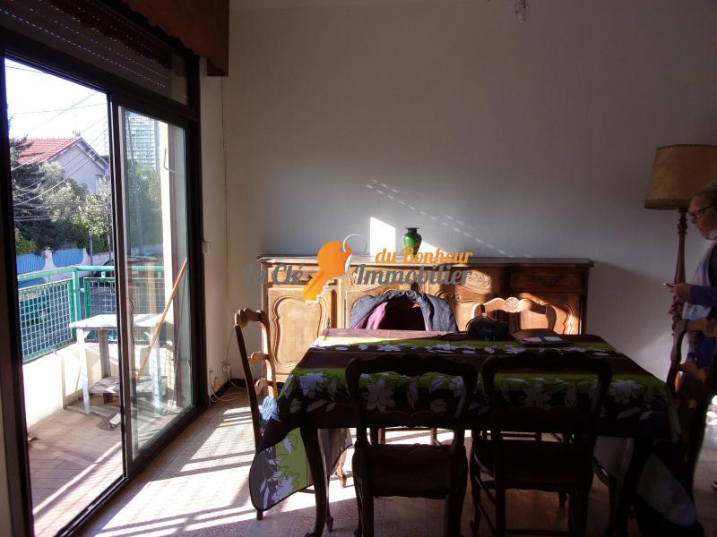 Marseille 9è Sainte marguerite  T2 dans maison ensoleillée proche commerces,bus
