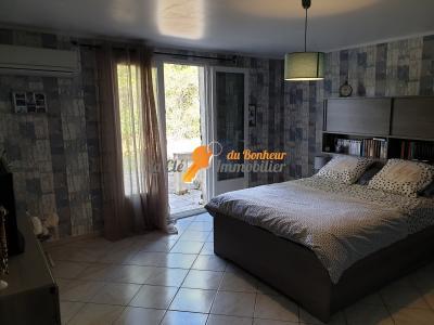 VILLA Montagnac/Terrain 5432m², type 3, garage