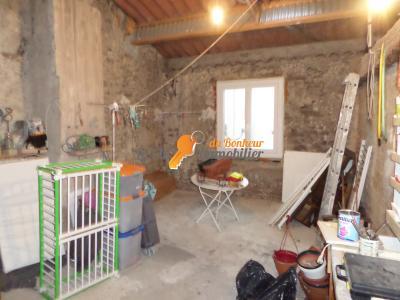 Maison de village commune Riez