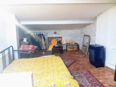 QUINSON - MAISON VILLAGE 85 m2 ENTIEREMENT RENOVEE - LAC DU VERDON