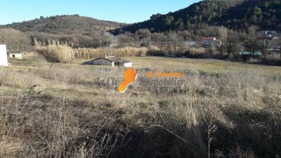 Riez, terrain viabilisé de721m² dans lotissement