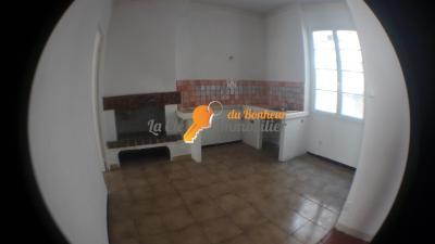 RIEZ, Centre du village. 2 pièces - 44 m²
