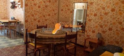 Riez, appartement T2/T3 à rénover