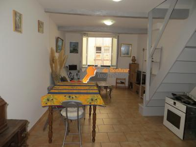 IMMEUBLE RIEZ - LOCAL - 2 Appartements