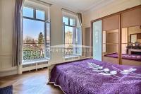 EXCEPTIONNEL Hôtel Particulier, 6P 171M2, 2 TERRASSES, PARQUET, MOULURES, CHEMINEES